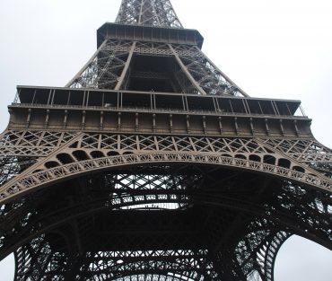 UNE FENÊTRE SUR PARIS comédie Music-Hall Février 2019