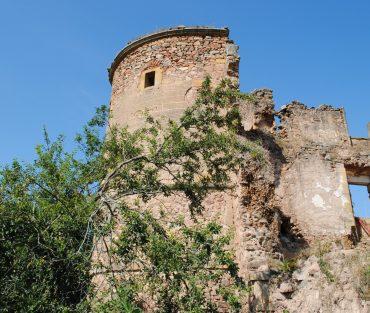 « FLANERIES BURLESQUES » au Château de Jarnosse pour Les Journées Européennes du Patrimoine. 21 et 22 septembre à 17h